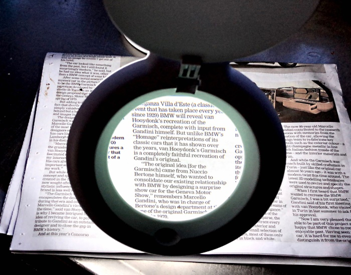 Desk Top Stand Magnifier 1