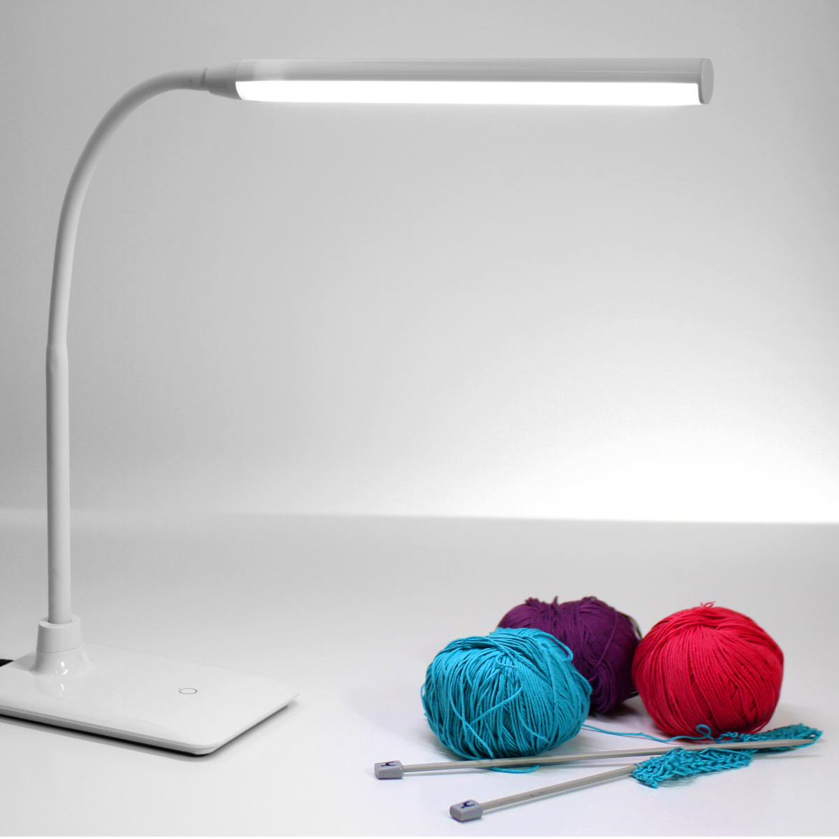 Uno LED Table Lamp 5